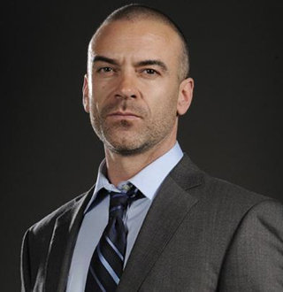 Alan van Sprang Bio: Married & Has Wife? Family, Son, Ethnicity - Details!