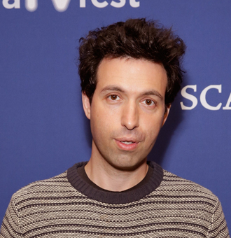 Alex Karpovsky Married, Wife, Gay, Family, Net Worth