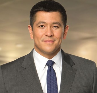 Carl Quintanilla Married, Divorce, Wife, Children, Ethnicity, Net Worth, Bio