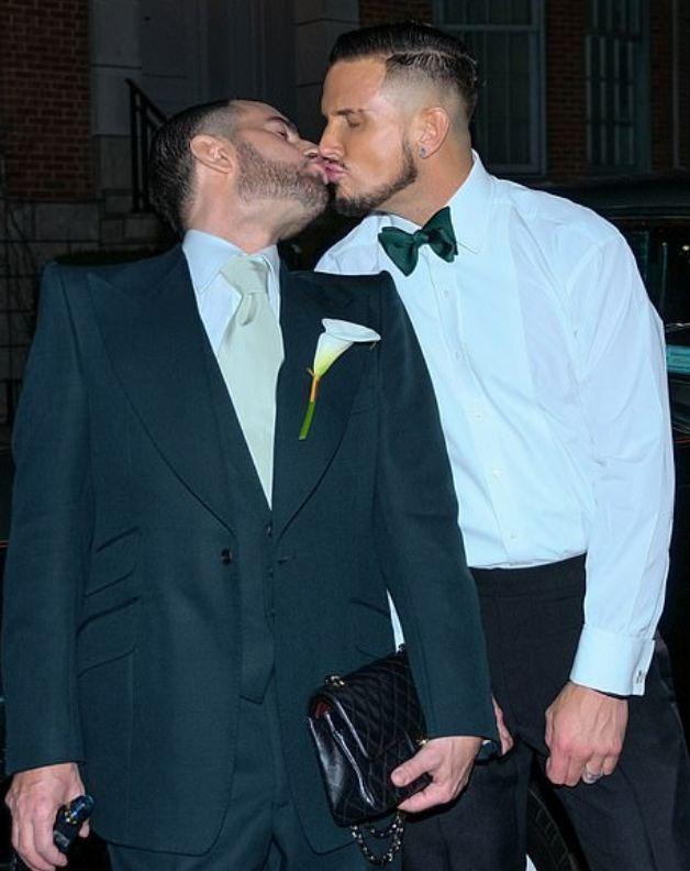 Gay dating service in casa grande
