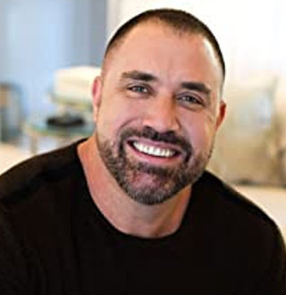 Is Mike Bayer Gay? Is the Life Coach Hiding His Partner?