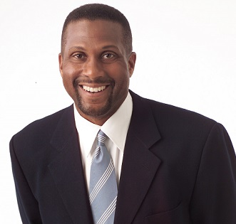 Tavis Smiley Engaged or Married, Wife, Girlfriend, Gay, Net Worth