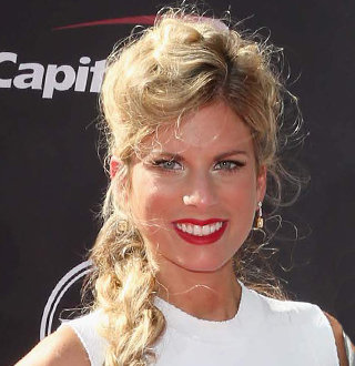 Ashton Meem Wiki, Wedding, Engagement Ring, Affair, Net Worth