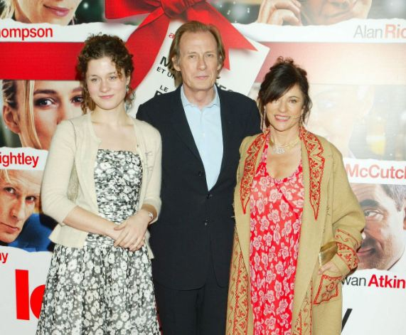 What Actually Happened To Bill Nighy Hands & Fingers? - photo#12
