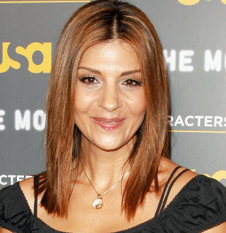 Is Callie Thorne Married? Husband, Dating, Boyfriend, Family, Weigh Loss