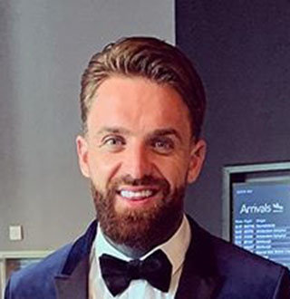 Aaron Chalmers Girlfriend, Family, Net Worth, Now