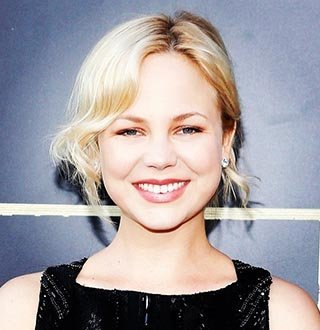 Adelaide Clemens Boyfriend, Age, Parents