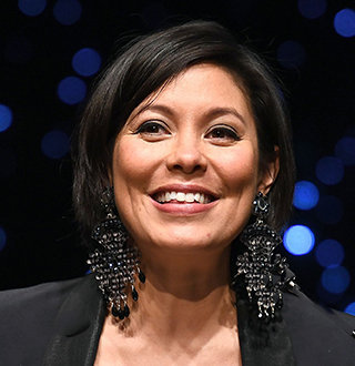 Alex Wagner Wedding, Husband, Pregnant, Baby, Salary, Bio