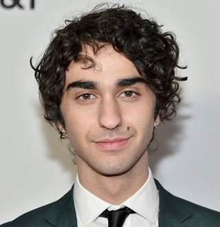 Alex Wolff Girlfriend, Gay, Family, Net Worth