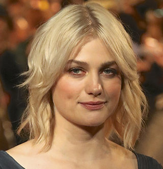 Alison Sudol Relationship Status: Who Is She Dating Now?
