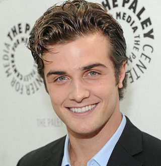 Beau Mirchoff Girlfriend, Married, Net Worth