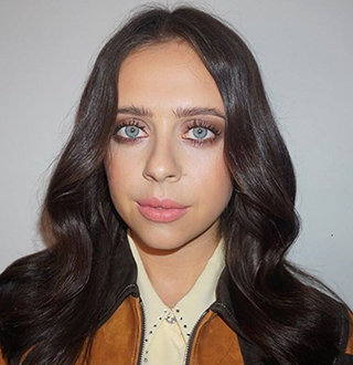 Bel Powley Boyfriend, Family, Net Worth