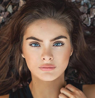 Brighton Sharbino Boyfriend, Dating, Family, Net Worth