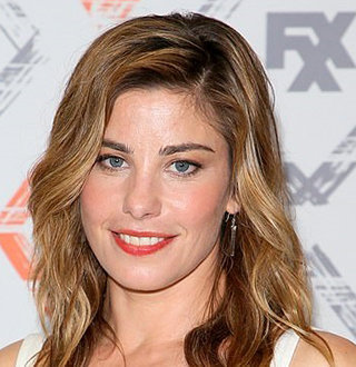 Brooke Satchwell Boyfriend, Married, Family