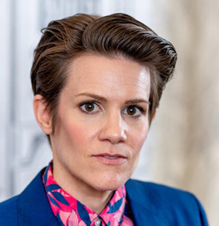 Cameron Esposito Husband, Dating, Lesbian, Net Worth