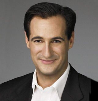 Carl Azuz CNN, Age, Wiki, Salary, Net Worth, Wife, Family