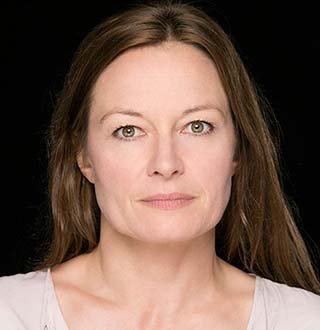 Catherine McCormack Dating Status, Married, Movies, Net Worth & More