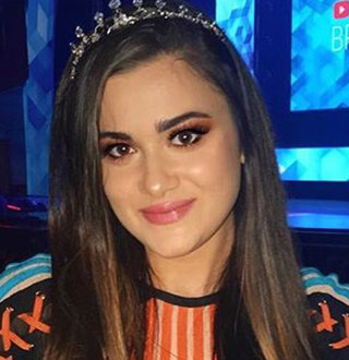 CloeCouture Real Name, Dating, Parents, Net Worth