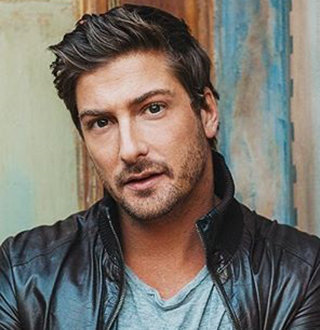 Daniel Lissing Engaged To Girlfriend, Wife, Plans On Getting Married