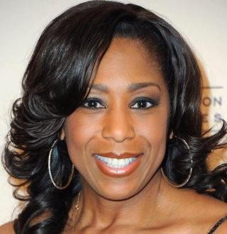 Dawnn Lewis Bio Unveils Net Worth, Personal Life & Interesting Facts