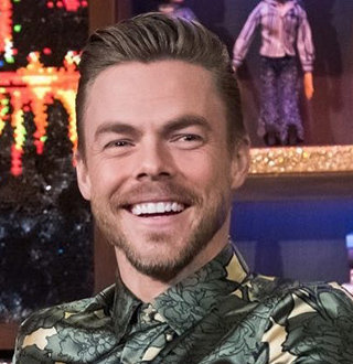Derek Hough Girlfriend, Wife, Gay