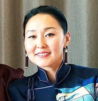 Erdenetuya Seagal Net Worth, Parents, Husband