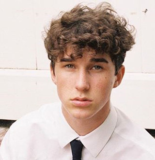Hunter Rowland Wiki: Everything About Height, Mom, Brother