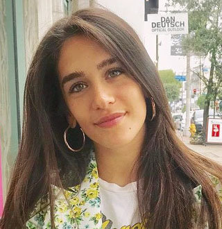 Isabel Pakzad Wiki, Bio, Age, Parents, Dating, James Franco
