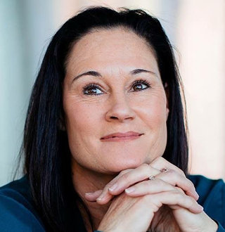 Jennifer Azzi Married, Bio, Lesbian, 2019