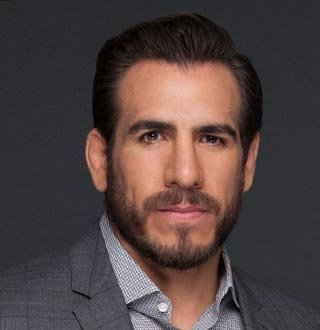 Kenny Florian In A Blissful Marital Life With Model Wife
