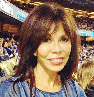 Fox 11 Laura Diaz Age, Married, Family