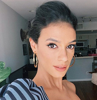 Laysla De Oliveira Bio: Age, Dating Status, Boyfriend, Family & More