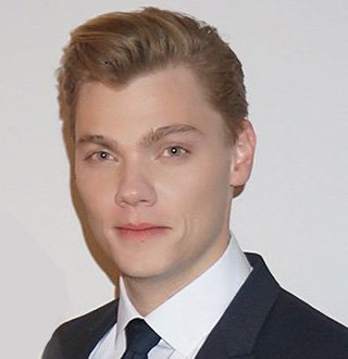 Levi Meaden Dating, Girlfriend, Split, Net Worth & Facts