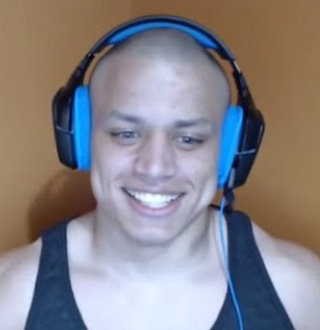 Twitch Star Loltyler1 Wiki: Age, Height, girlfriend, Parents | All Unveiled