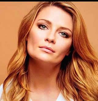 Mischa Barton Dating, Weight Gain, Family