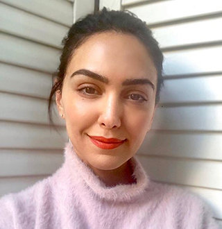 Nazanin Boniadi Dating Status, Boyfriend, Height & Movies Details