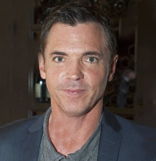 Is Nicholas Lea Gay? His Married Status, Family Info, Now
