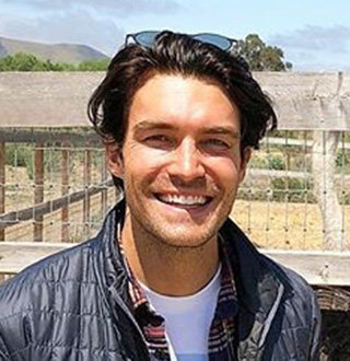 Peter Porte Married, Gay, Ethnicity
