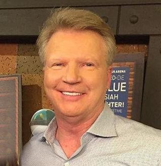 Ex-Giants QB Phil Simms Net Worth Today, Wife & Son Details