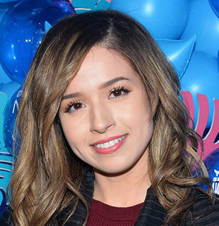 Pokimane Thicc Wiki, Age, Parents, Net Worth, Boyfriend, Dating