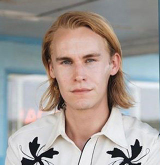 Rhys Wakefield Dating Status, Age, Movies, Education & Facts