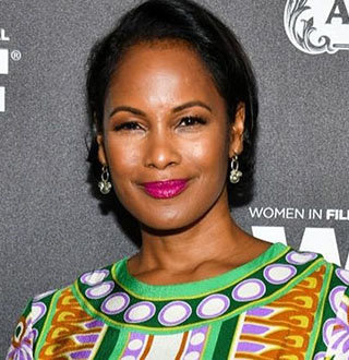 Robinne Lee Bio & Personal Life Details of 'The Idea Of You' Author