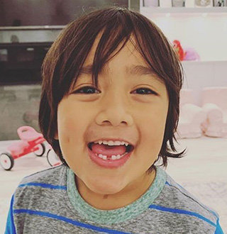 Ryan ToysReview Wiki, Age, Real Name, Parents, Net Worth