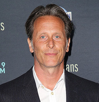Steven Weber Married, Dating, Net Worth, 2019