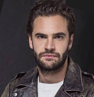 Are Tom Bateman & Daisy Ridley Married? Updated Relationship Status