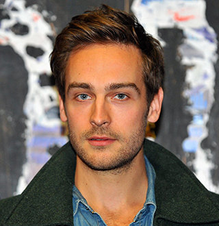 Who Is Tom Mison? Wiki & Interesting Facts About Watchmen's Actor