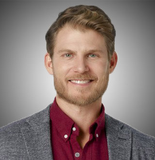 Travis Van Winkle Married, Wife, Girlfriend, Gay, Bio, Height, Age