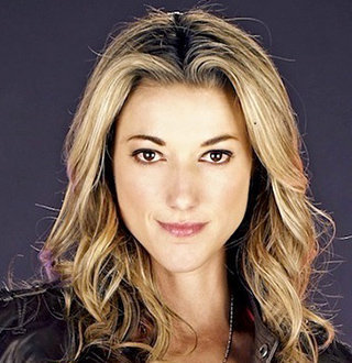 Openly Lesbian Zoie Palmer's Relationship Status: Partner, Kid