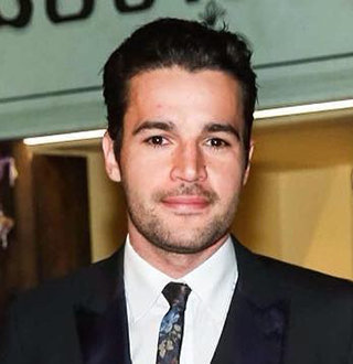 Christopher Abbott Married Status; Wife, Height, Net Worth