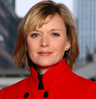 Julie Etchingham & Husband Married Life Still Going Strong! Net Worth, Family